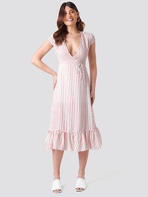 Trendyol Tulum Striped Dress rosa multicolor