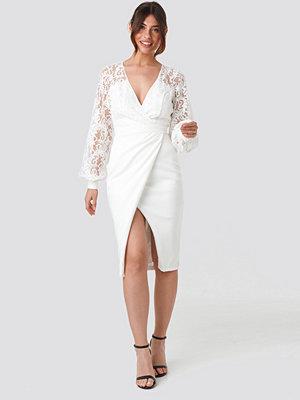 Trendyol Lace Detailed Wrap Midi Dress vit