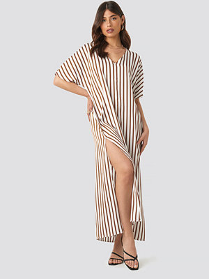 NA-KD Trend Striped V Neck Side Slit Dress vit