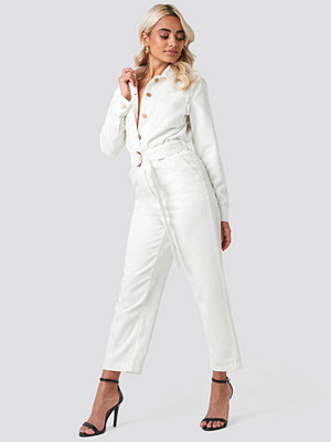 Jumpsuits & playsuits - NA-KD Trend Jumpsuit I Denim Med Midjebälte vit