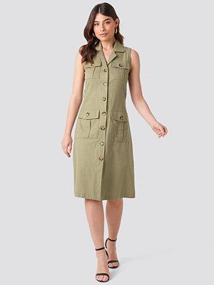 Trendyol Buttoned Linen Dress grön