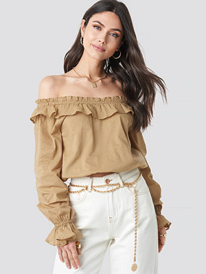 NA-KD Boho Off Shoulder Frill Crop Blouse beige