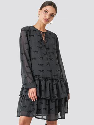 NA-KD Trend Giddy Up Printed Short Dress svart