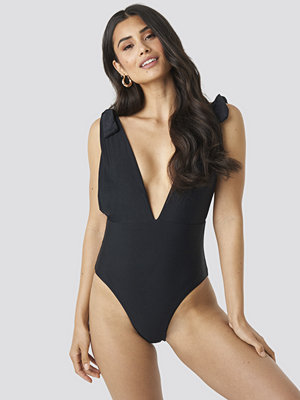 Hot Anatomy Plunge V-Neck Swimsuit svart