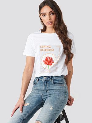 NA-KD Blossom T-shirt vit
