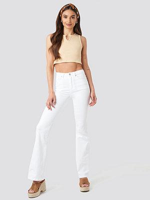 Trendyol High Waist Flare Jeans vit
