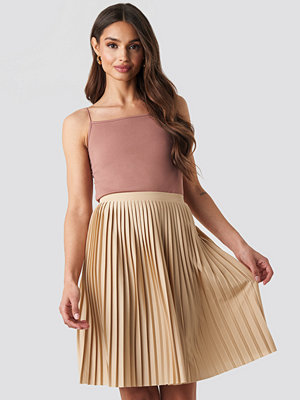 NA-KD Short Pleated Skirt beige