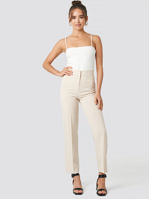 NA-KD Classic vita byxor Cropped Straight Suit Check Pants beige