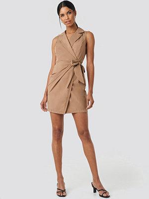 Trendyol Camel Mini Dress beige