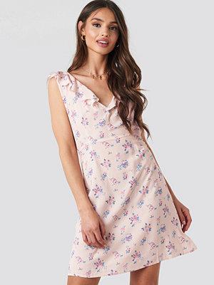 NA-KD Floral Mini Dress rosa