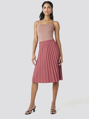 Trendyol Yol Pleated Midi Skirt rosa