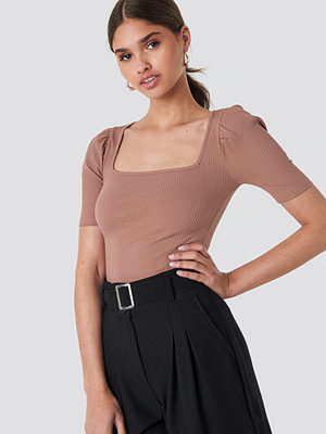 NA-KD Trend Ribbed Puff Short Sleeve Top rosa