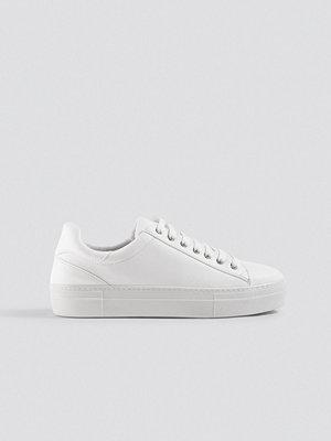 Trendyol Milla Laced Sneaker vit