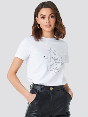 NA-KD Scribble T-shirt vit