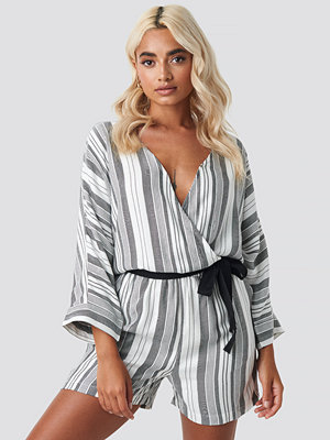 Jumpsuits & playsuits - Sparkz Venka Playsuit vit grå