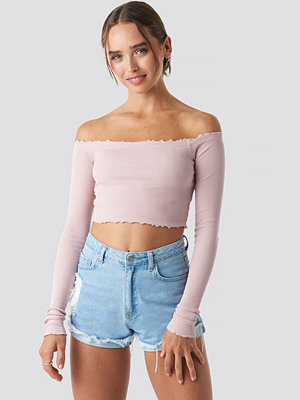 Céline & Talisa x NA-KD Long Sleeve Crop Top rosa