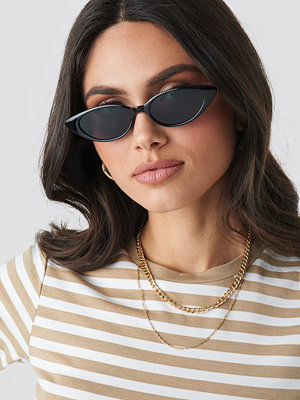 Solglasögon - NA-KD Accessories Drop Shape Cat Eye Sunglasses svart