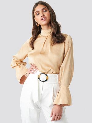 NA-KD Classic High Neck Wide Cuff Blouse beige