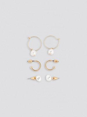 NA-KD Accessories smycke Mini Pearl Hoop And Stud Set guld