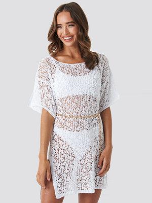 Hanna Weig x NA-KD Crochet Beachwear vit