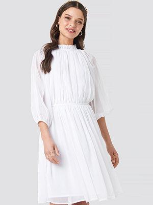 NA-KD Boho High Neck Elastic Waist Puff Dress vit