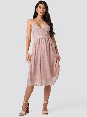 NA-KD Party Thin Strap Dotted Chiffon Dress rosa