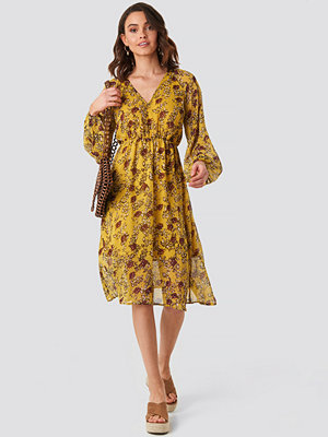 NA-KD Boho Yellow Flower Print Midi Dress gul