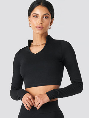 Summerburst x NA-KD W Collar Long Sleeve Top svart