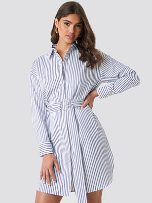 NA-KD Classic O-ring Striped Shirt Dress blå multicolor
