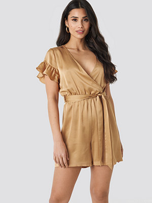 Jumpsuits & playsuits - NA-KD Frill Sleeve Playsuit beige