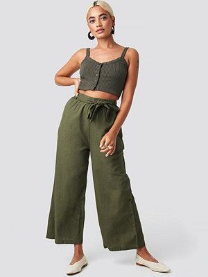 Sisters Point omönstrade byxor Bina Pants grön
