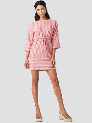 Trendyol Striped Binding Mini Dress röd