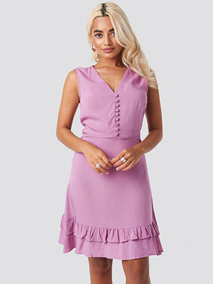 Trendyol Yol Button Detail Mini Dress lila
