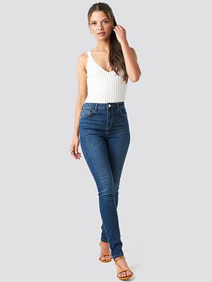 Jeans - NA-KD High Waist Skinny Jeans blå
