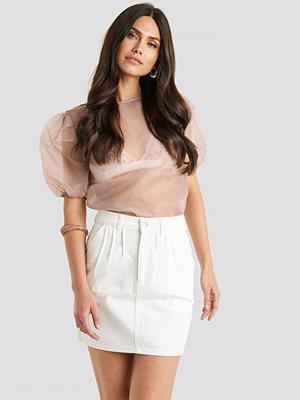 NA-KD Trend Front Pleat Short Denim Skirt vit