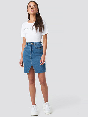 NA-KD Front Slit Denim Skirt blå
