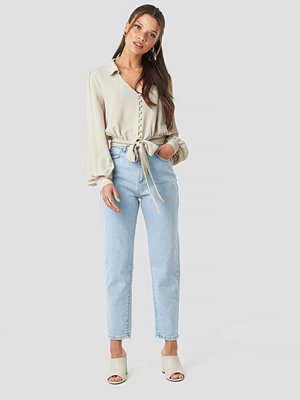 Trendyol High Waist Light Mom Jeans blå