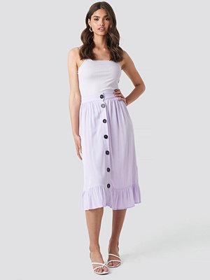 NA-KD Boho Frill Hem Front Button Skirt lila