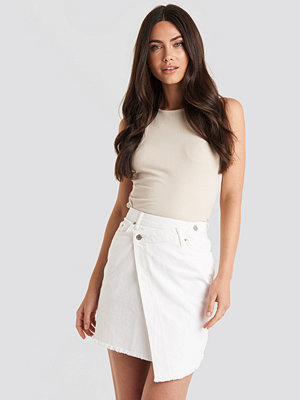 NA-KD Assymetric Closure Denim Skirt vit
