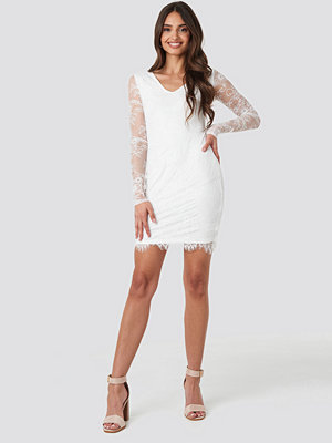 NA-KD Party V-Neck Long Sleeve Lace Dress vit