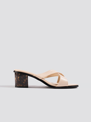 Pumps & klackskor - NA-KD Shoes Resin Heel Mules nude