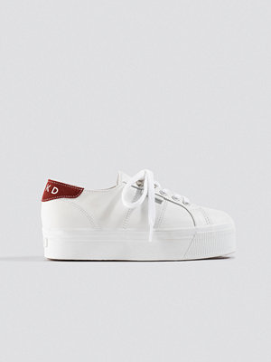 Superga x NA-KD Leather Flatform Sneaker vit
