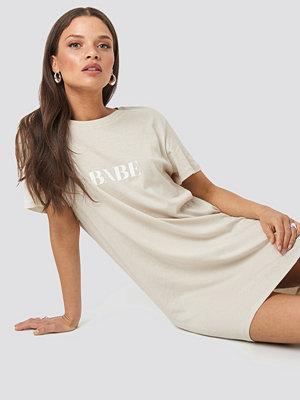 NA-KD Babe Dress beige