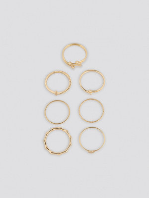 NA-KD Accessories smycke Fine Stacking Rings (7-Pack) guld