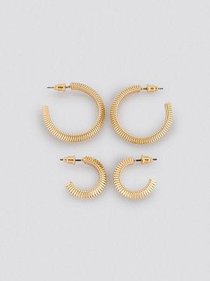 NA-KD Accessories smycke Snake Chain Hoop Earrings (Double Pack) guld
