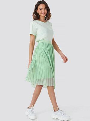 NA-KD Midi Pleated Skirt grön