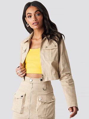 Hoss x NA-KD Zipped Short Jacket beige