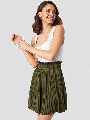 NA-KD Boho Paper Waist Mini Skirt grön