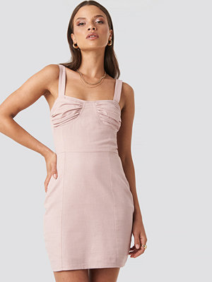 XLE the Label Jasmine Cup Dress rosa