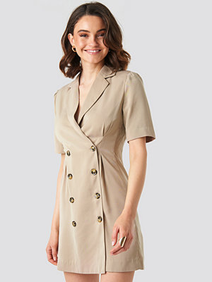 NA-KD Classic Short Sleeve Blazer Dress beige